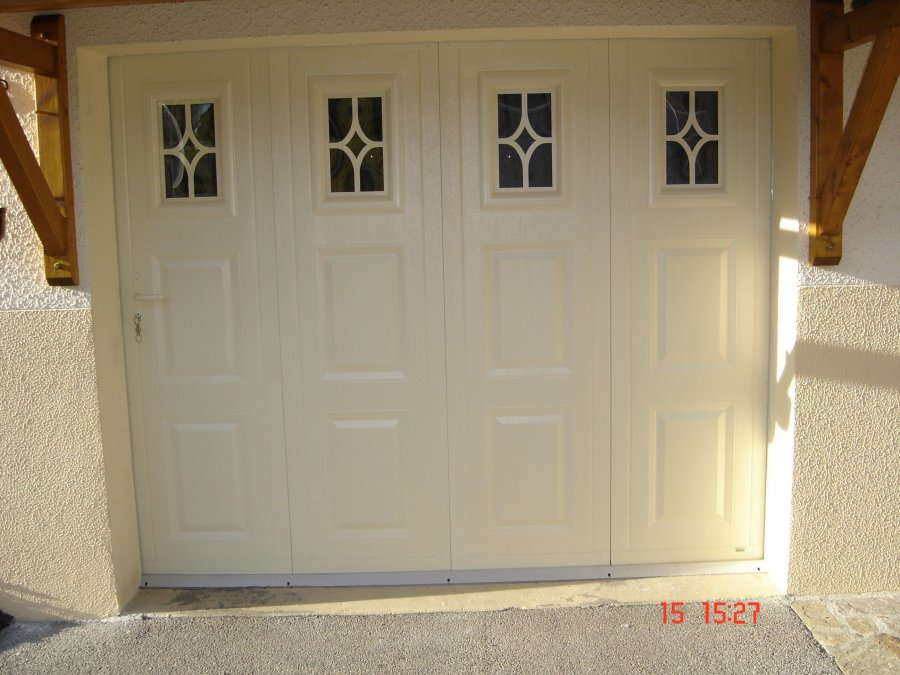 Porte de garage coulissante images de portes coulissante for Porte de garage en pvc coulissante